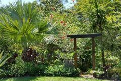 award-winning-landscaping-downes-1