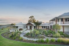 sunshine-coast-landscaping-29